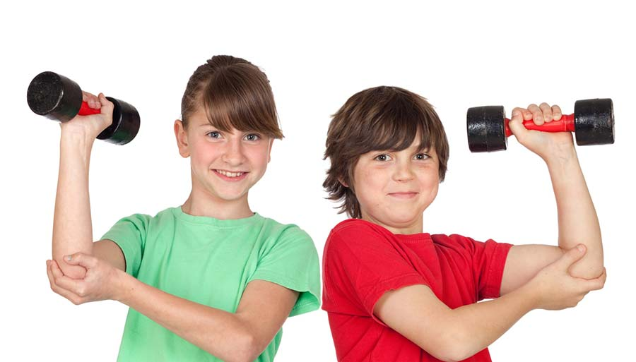 kids lifting small weights safely